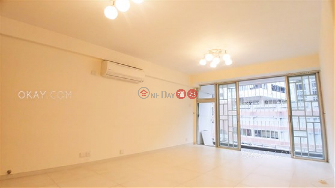 Elegant penthouse with rooftop, balcony | For Sale 39 Kennedy Road | Wan Chai District Hong Kong Sales | HK$ 25M