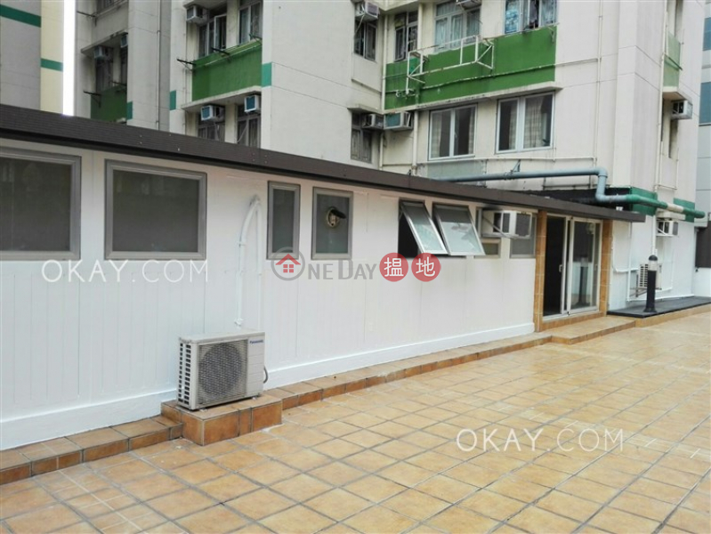 HK$ 35,000/ month Block B Jade Court, Western District   Lovely 4 bedroom with terrace   Rental