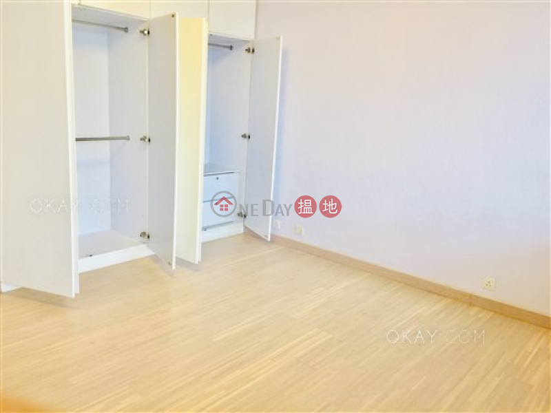Rare 3 bedroom with balcony | For Sale, May Tower 1 May Tower 1 Sales Listings | Central District (OKAY-S7936)