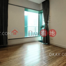 Lovely 2 bedroom with terrace   For Sale