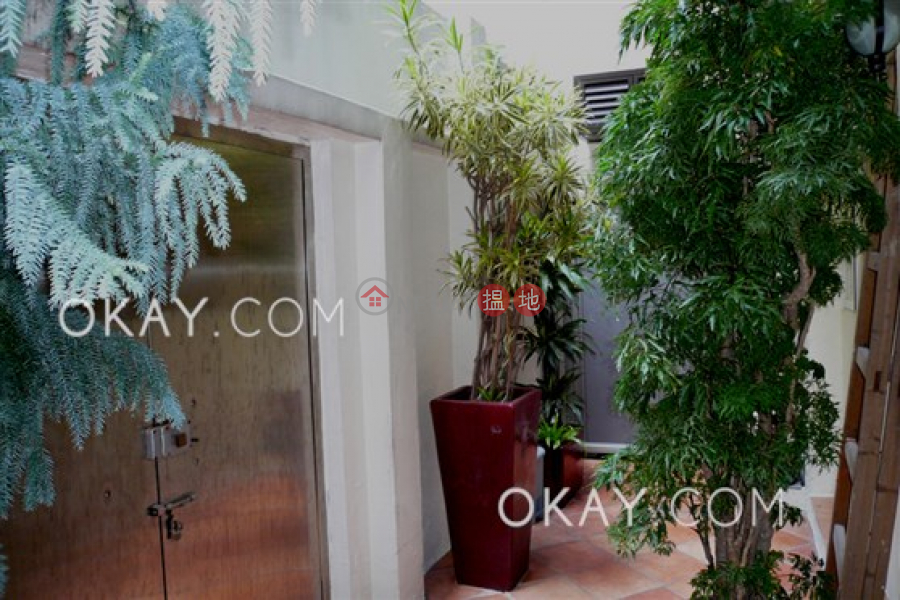 HK$ 13M 45 Seymour Road Western District Luxurious 2 bedroom in Mid-levels West | For Sale