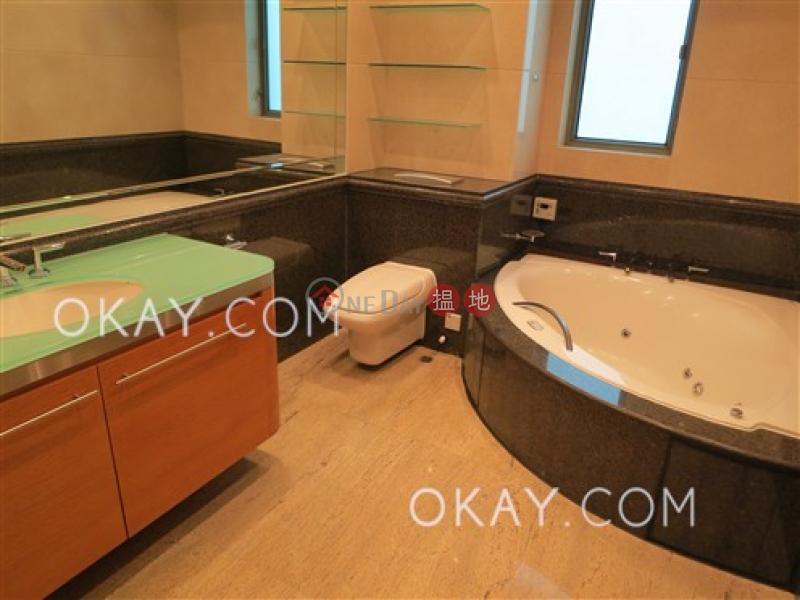 Luxurious 3 bedroom with balcony & parking | Rental | No. 1 Homestead Road 堪仕達道1號 Rental Listings