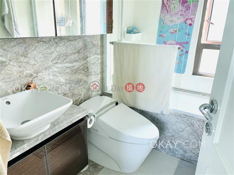 2房2廁,星級會所,露台傲翔灣畔出租單位 86域多利道   西區香港 出租HK$ 45,000/ 月