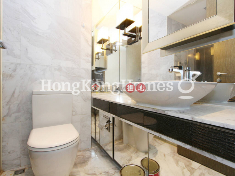 3 Bedroom Family Unit for Rent at Centre Point, 72 Staunton Street | Central District Hong Kong Rental, HK$ 32,000/ month