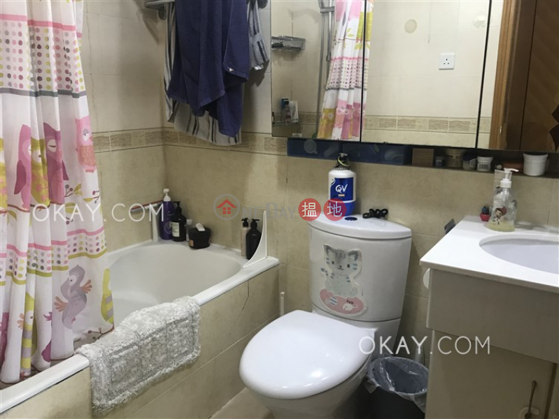 HK$ 25M | (T-38) Juniper Mansion Harbour View Gardens (West) Taikoo Shing Eastern District Efficient 3 bedroom with balcony | For Sale