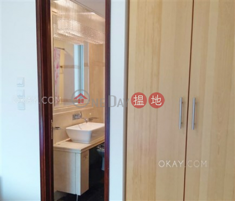 3房2廁,星級會所,可養寵物,露台《名門 3-5座出租單位》|名門 3-5座(The Legend Block 3-5)出租樓盤 (OKAY-R134936)_0