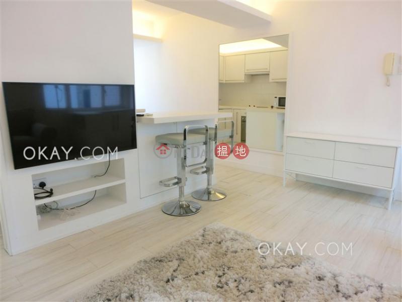 Intimate 1 bedroom on high floor with rooftop   Rental   Greenland House 建華閣 Rental Listings