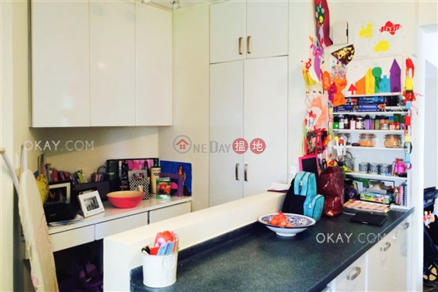 HK$ 35,000/ month | Discovery Bay, Phase 3 Parkvale Village, Woodbury Court, Lantau Island, Gorgeous 3 bedroom with sea views & balcony | Rental