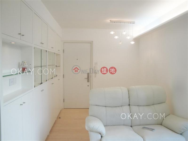 2房1廁,實用率高,極高層《南豐新邨2座出租單位》15-27基利坊   東區香港 出租HK$ 22,500/ 月