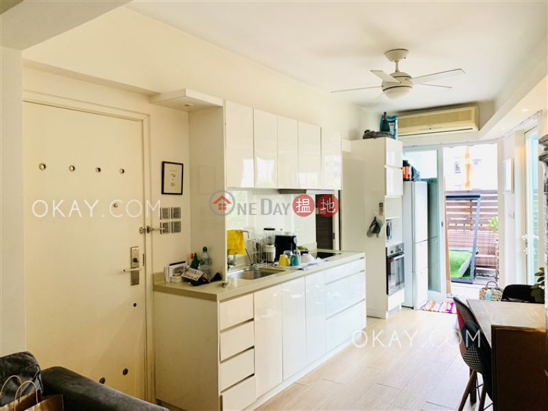 Cozy 2 bedroom on high floor with terrace | For Sale | Orlins Court 雅蘭閣 Sales Listings