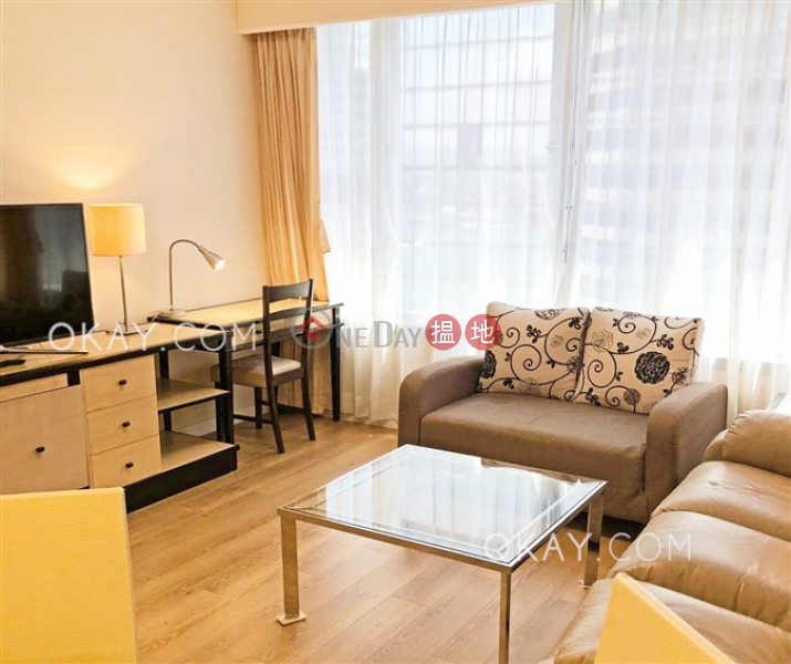 HK$ 30,000/ month, Convention Plaza Apartments | Wan Chai District Generous 1 bedroom on high floor | Rental