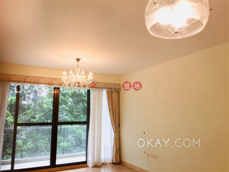 HK$ 58,000/ month | Mayflower Mansion Wan Chai District Elegant 3 bedroom with balcony & parking | Rental