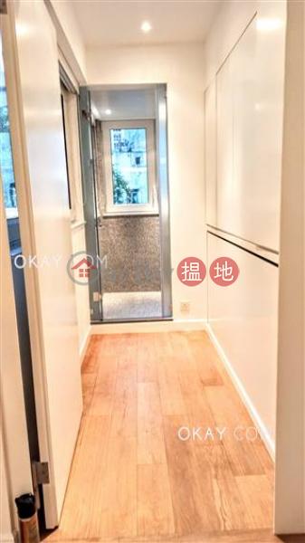 HK$ 45,000/ 月|荷李活道61-63號-中區-2房2廁《荷李活道61-63號出租單位》