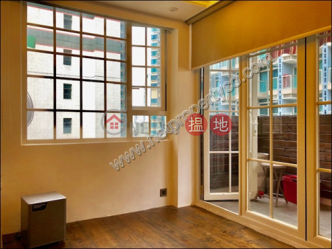 Newly Decorated Apartment for Rent in Wan Chai Mountain View Mansion(Mountain View Mansion)Rental Listings (A062688)_0