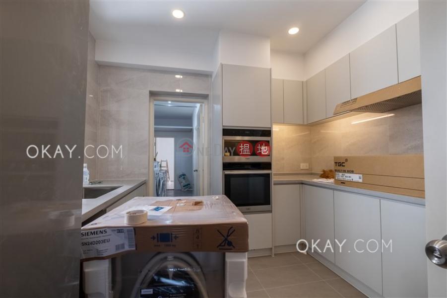 香港搵樓 租樓 二手盤 買樓  搵地   住宅出租樓盤4房2廁,實用率高,連車位,露台《松柏新邨出租單位》