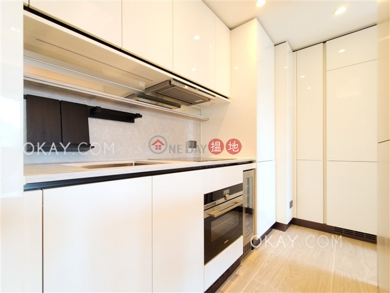 HK$ 39,000/ month | Townplace Soho Western District Elegant 2 bedroom on high floor with balcony | Rental