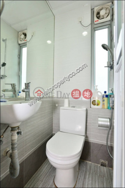 3-bedroom flat for rent with a rooftop in Wan Chai, 28-32 O Brien Road | Wan Chai District Hong Kong Rental | HK$ 24,800/ month