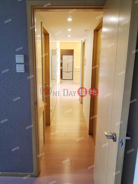 HK$ 64,000/ month, Villa Rocha   Wan Chai District   Villa Rocha   3 bedroom Mid Floor Flat for Rent