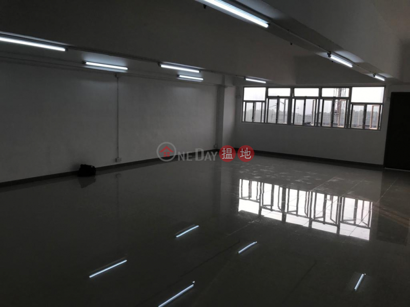 HK$ 15,000/ 月-金德工業大廈-葵青|新裝有內廁,間隔四正,即租即用