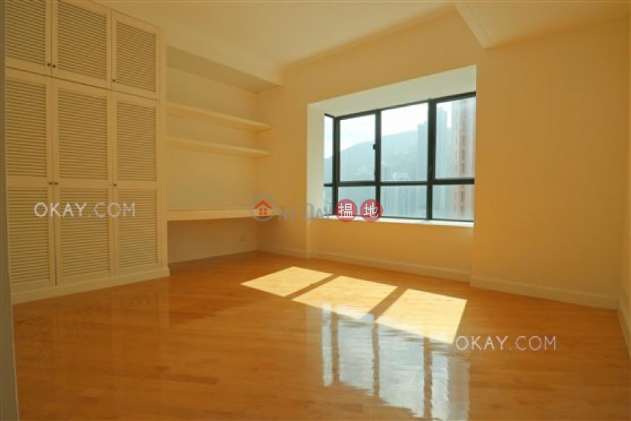 香港搵樓|租樓|二手盤|買樓| 搵地 | 住宅出租樓盤4房3廁,極高層,星級會所,連租約發售《帝景園出租單位》
