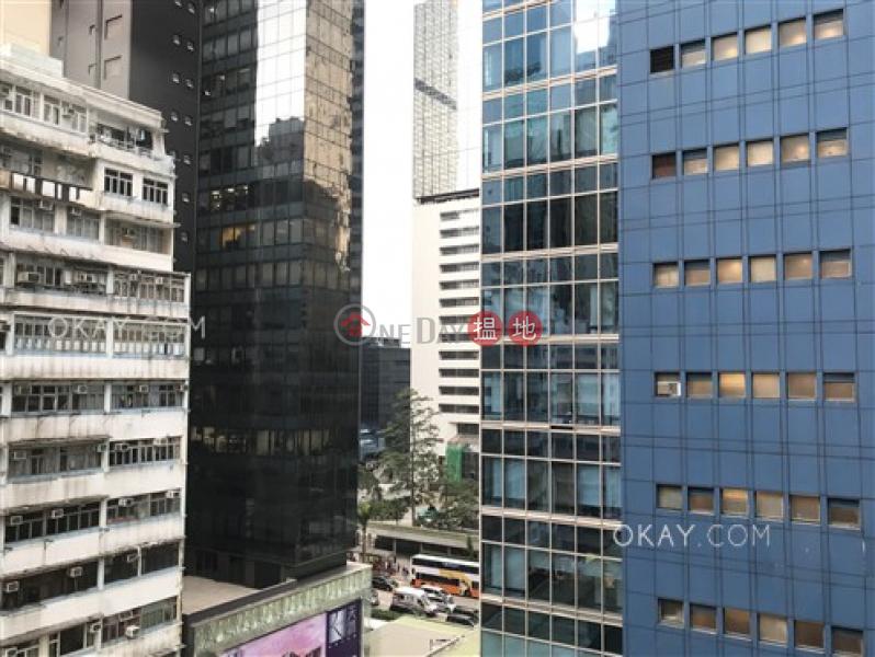 HK$ 25,000/ month Kin Lee Building, Wan Chai District Practical 2 bedroom in Wan Chai   Rental