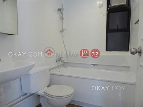 Popular 3 bedroom on high floor with parking   Rental Ronsdale Garden(Ronsdale Garden)Rental Listings (OKAY-R29875)_0