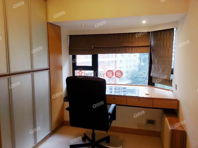 Property Search Hong Kong | OneDay | Residential | Rental Listings The Royal Court | 2 bedroom Low Floor Flat for Rent