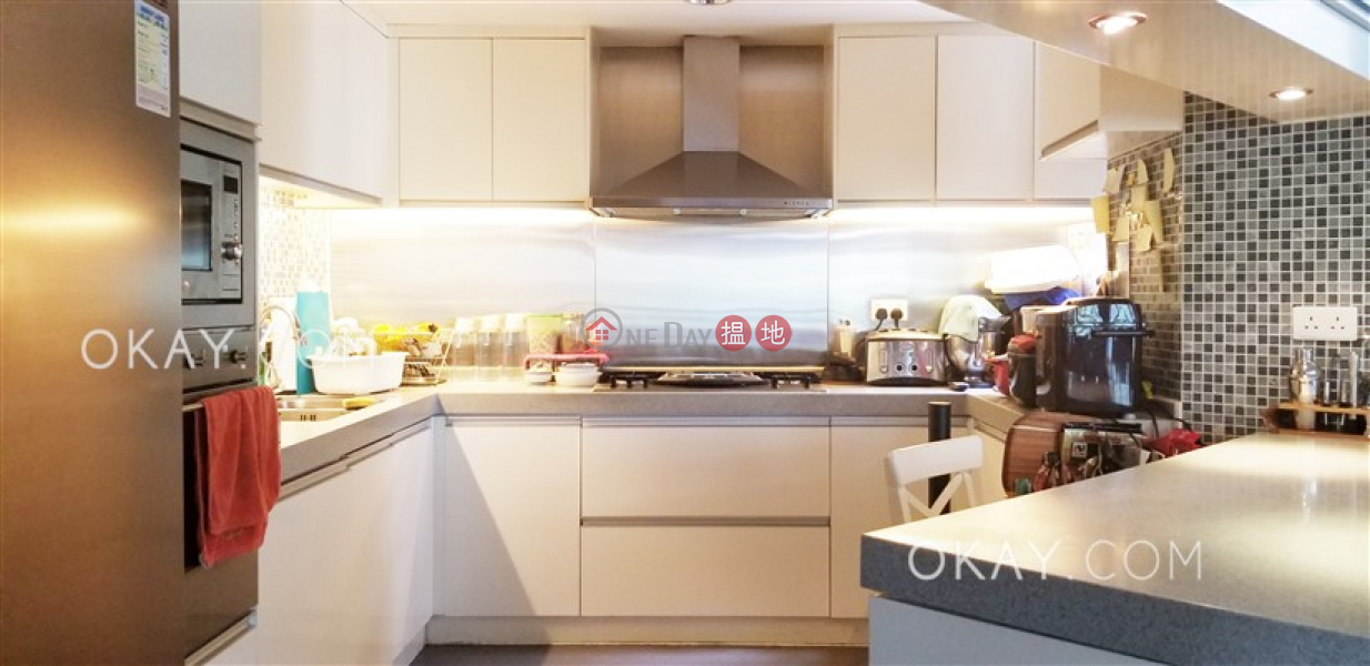 Gorgeous 4 bedroom in Discovery Bay | For Sale, 23 Discovery Bay Road | Lantau Island, Hong Kong, Sales HK$ 13M