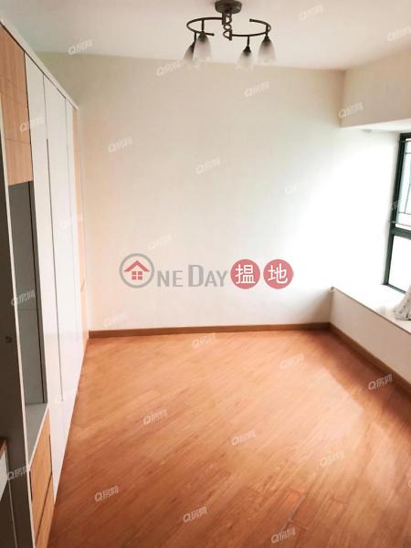 Tower 8 Island Resort   3 bedroom High Floor Flat for Sale   28 Siu Sai Wan Road   Chai Wan District Hong Kong   Sales, HK$ 14M