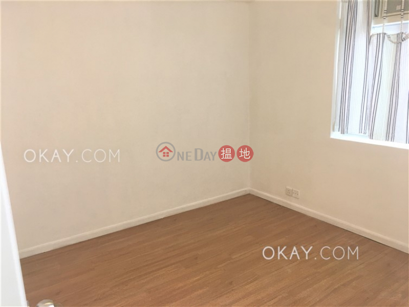 HK$ 30,000/ month | Mountain View Court, Western District, Gorgeous 2 bedroom in Mid-levels West | Rental