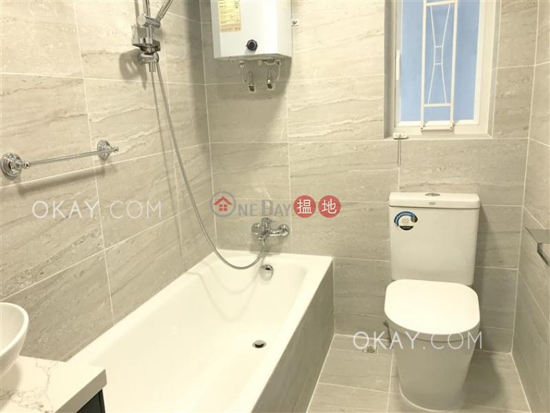 HK$ 55,000/ month, Alpine Court Western District Efficient 3 bedroom with balcony | Rental