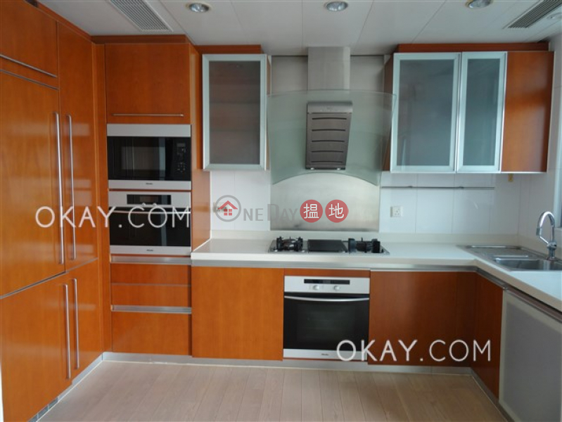 HK$ 39,000/ month, Phase 4 Bel-Air On The Peak Residence Bel-Air, Southern District, Unique 2 bedroom with balcony | Rental