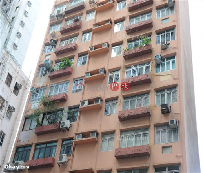 HK$ 25,500/ month Gartside Building   Wong Tai Sin District   Practical 1 bed on high floor with rooftop & balcony   Rental
