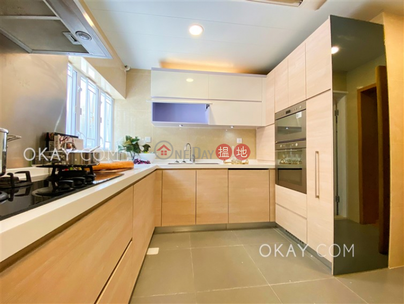 4房3廁,實用率高,海景,獨立屋《深水灣道8號出租單位》8深水灣道 | 灣仔區-香港|出租|HK$ 127,000/ 月