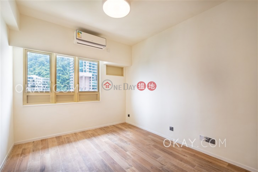 HK$ 125,000/ month St. Joan Court Central District | Luxurious 3 bedroom on high floor with balcony | Rental