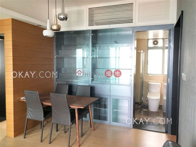 Nicely kept 2 bed on high floor with sea views | Rental | 2 Park Road 柏道2號 Rental Listings