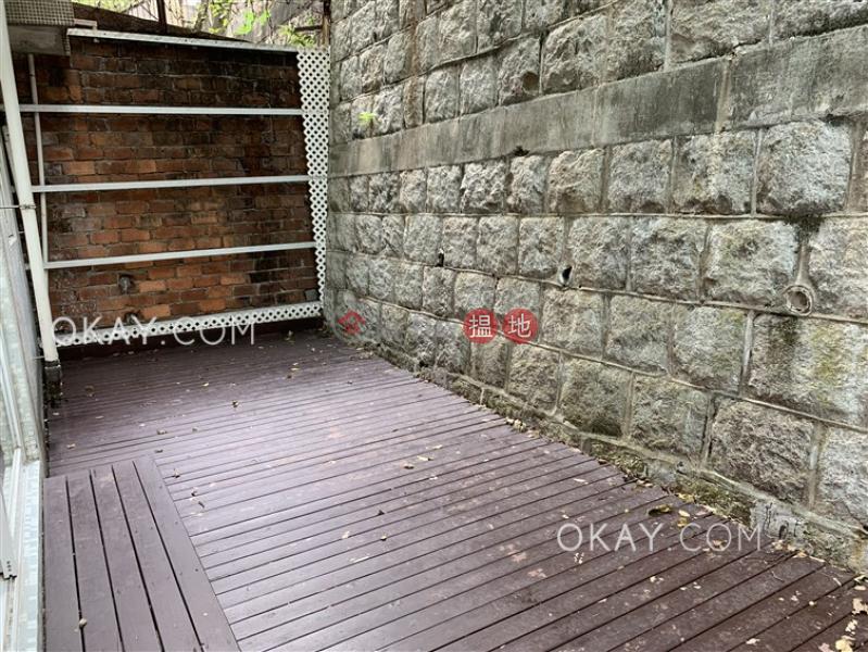 2房1廁《鳳輝閣出租單位》|灣仔區鳳輝閣(Fung Fai Court)出租樓盤 (OKAY-R119943)