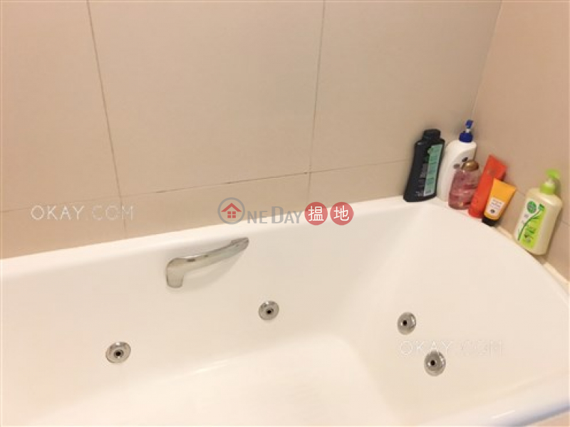 Sham Wan Towers Block 2 | High Residential | Rental Listings | HK$ 28,500/ month