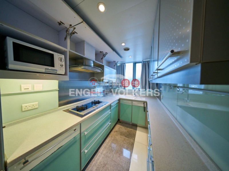 HK$ 52M | The Harbourside Yau Tsim Mong, 3 Bedroom Family Flat for Sale in West Kowloon