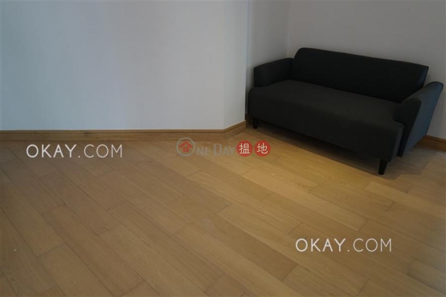 1房1廁,極高層,星級會所,露台《干德道38號The ICON出租單位》|38干德道 | 西區|香港|出租-HK$ 25,000/ 月