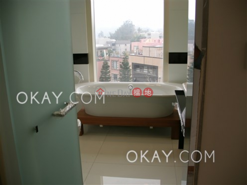 HK$ 220,000/ month 32 Stanley Village Road Southern District, Lovely house with rooftop, terrace & balcony | Rental