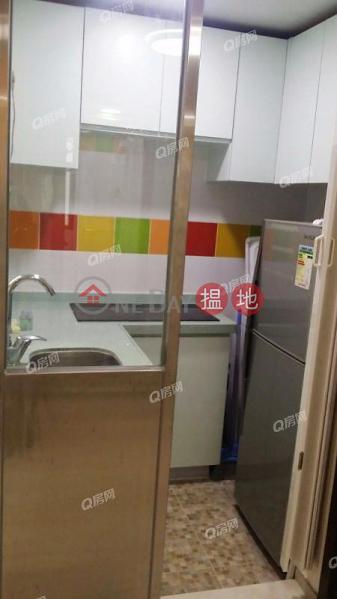 HK$ 13,500/ month | Parksdale Western District Parksdale | High Floor Flat for Rent