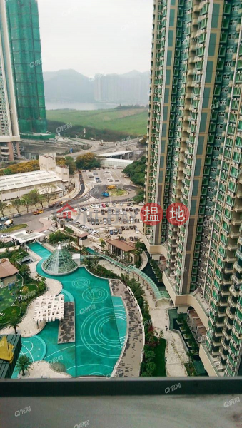 內園靚景,實用三房.思具禮國际學校就在家門口《峻瀅買賣盤》6-8石角路   西貢-香港-出售HK$ 900萬