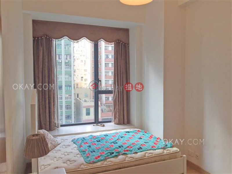 Elegant 3 bedroom with balcony | For Sale | Upton 維港峰 Sales Listings