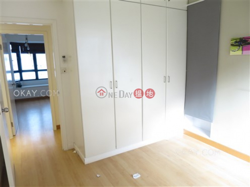 Unique 4 bedroom with balcony & parking | Rental | Nicholson Tower 蔚豪苑 Rental Listings