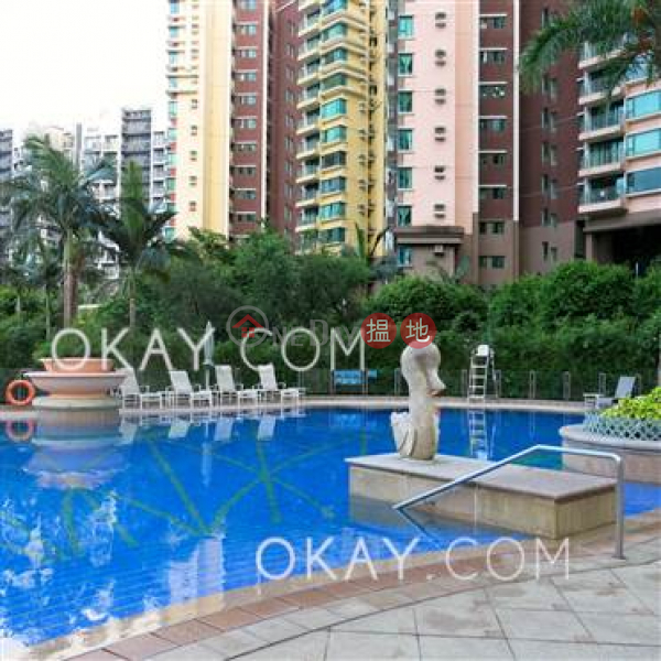 Nicely kept 3 bedroom with balcony | For Sale | Discovery Bay, Phase 13 Chianti, The Lustre (Block 5) 愉景灣 13期 尚堤 翠蘆(5座) Sales Listings