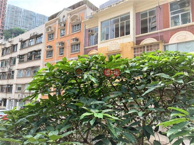 2房1廁《鳳輝閣出售單位》|灣仔區鳳輝閣(Fung Fai Court)出售樓盤 (OKAY-S61457)