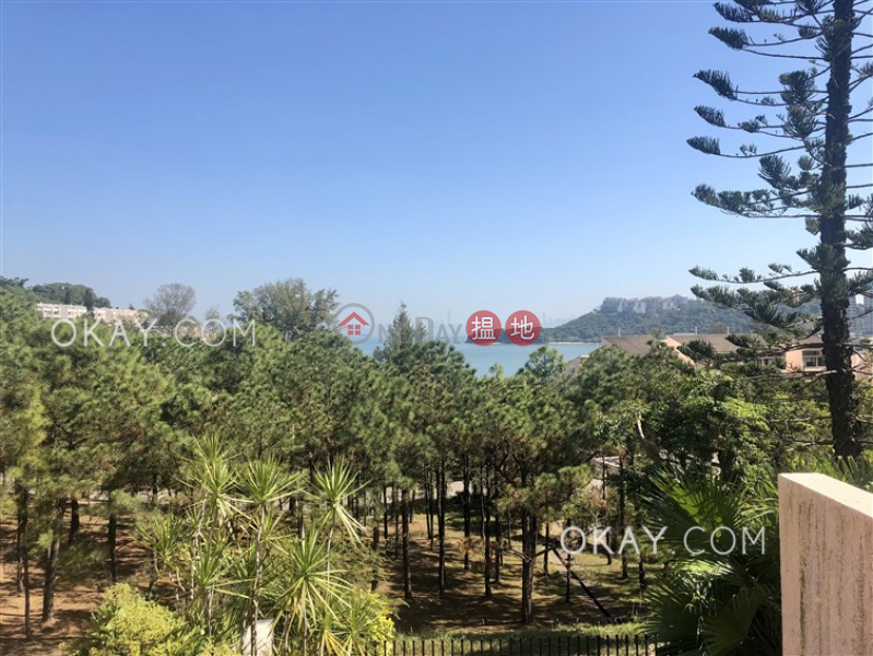 Unique 3 bedroom with terrace & balcony | Rental | Phase 1 Beach Village, 37 Seabird Lane 碧濤1期海燕徑37號 Rental Listings