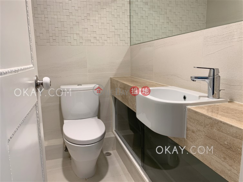 Gorgeous 3 bedroom with balcony & parking | Rental | Century Tower 1 世紀大廈 1座 Rental Listings