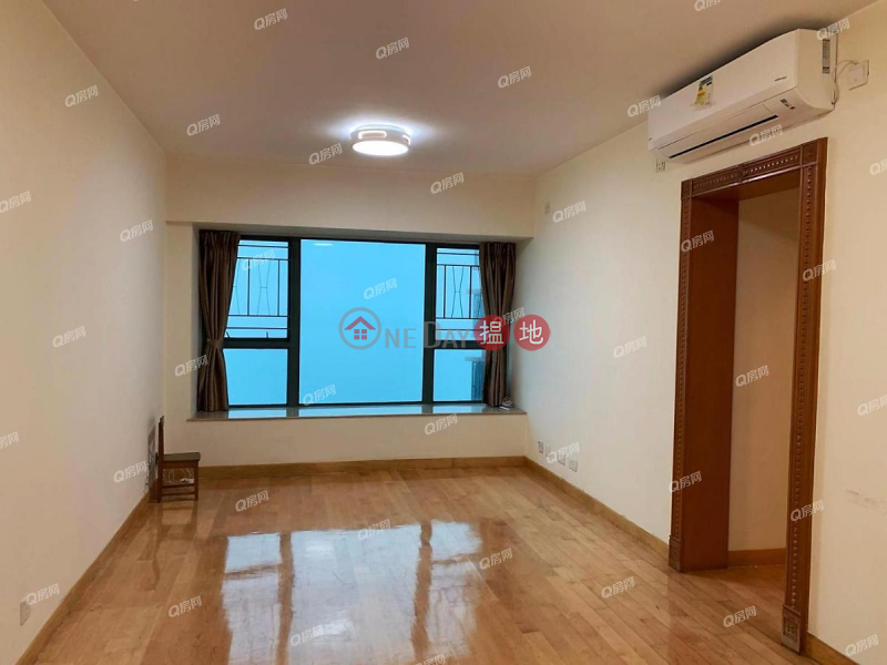 Property Search Hong Kong | OneDay | Residential | Rental Listings | Tower 9 Island Resort | 3 bedroom Low Floor Flat for Rent